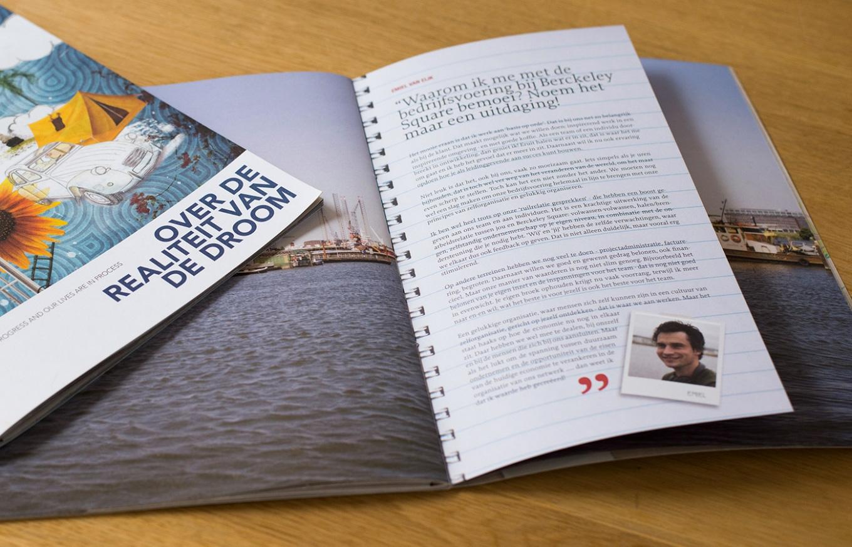 Insteek brochure 'werk in uitvoering' voor Berckeley Square